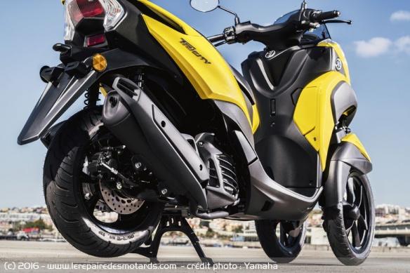 Nouveau Yamaha Tricity 125 2017 Scooter-3-roues-yamaha-tricity-moteur