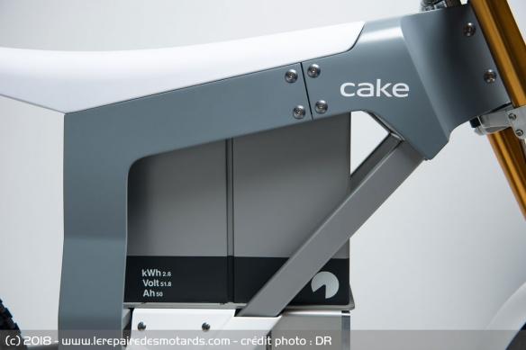 Cake Kalk, une enduro électrique poids plume Moto-electrique-cake-kalk-batterie