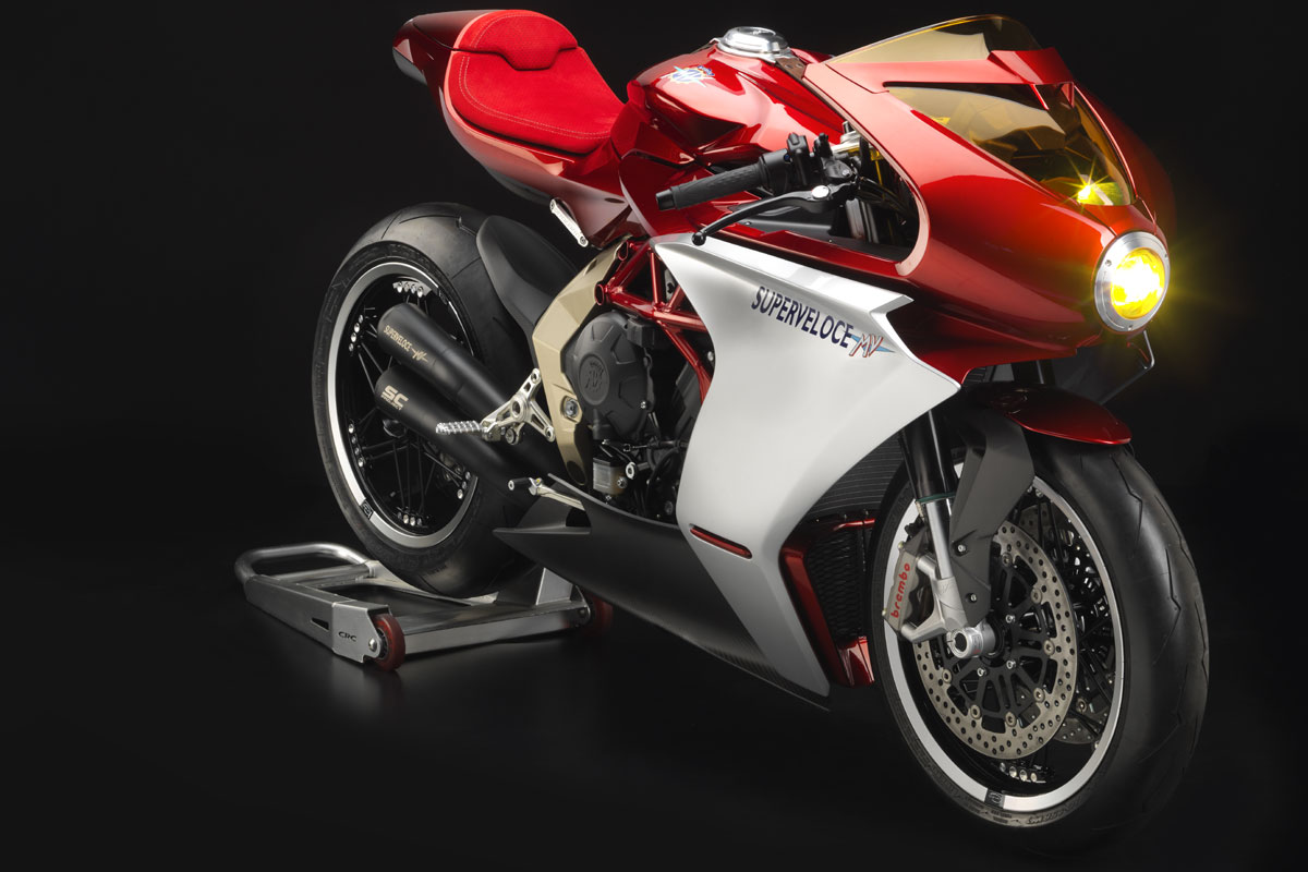 MV agusta superveloce 800 Concept-mv-agusta-superveloce-800-avant_hd