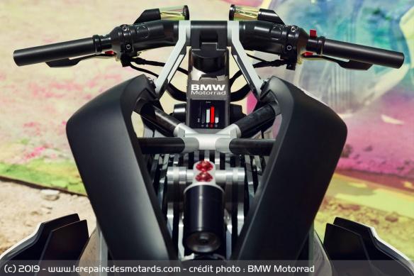 BMW Motorrad Vision DC Roadster Concept-bmw-motorrad-vision-dc-roadster-reservoir