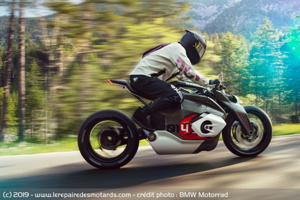 BMW Motorrad Vision DC Roadster Concept-bmw-motorrad-vision-dc-roadster-route-profil