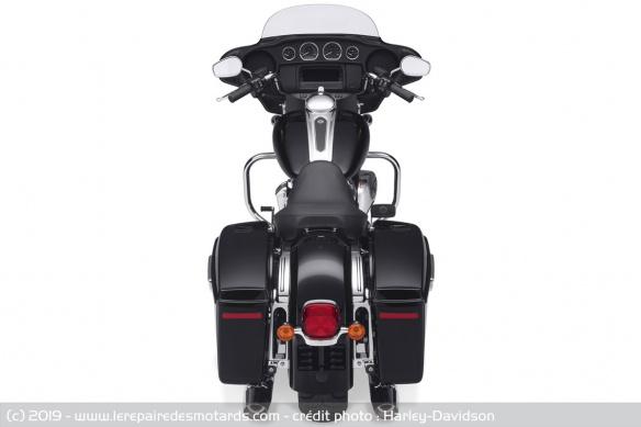 Essai des modèles 2019 : Ultra Ltd, RKS, SGS & RGS Harley-davidson-electra-glide-standard-arriere