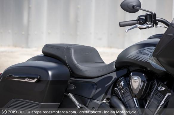 Nouveauté moto 2020 : Indian Challenger Moto-bagger-indian-challenger-dark-selle