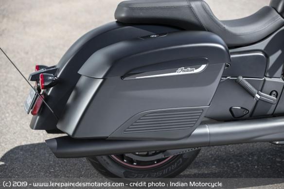 Nouveauté moto 2020 : Indian Challenger Moto-bagger-indian-challenger-dark-valise