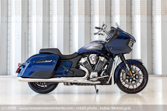Nouveauté moto 2020 : Indian Challenger Moto-bagger-indian-challenger-limited-droite