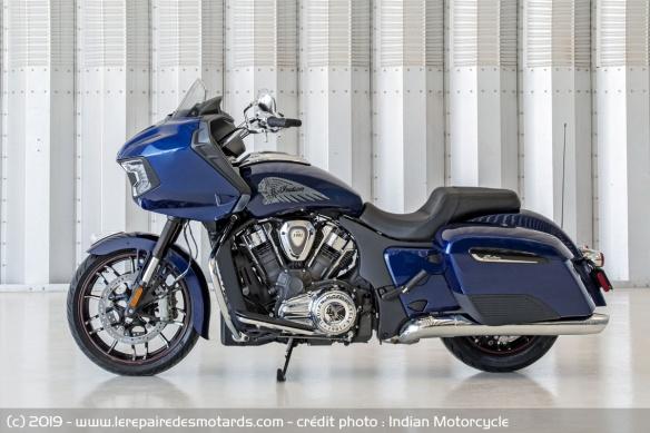 Nouveauté moto 2020 : Indian Challenger Moto-bagger-indian-challenger-limited-gauche