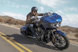 Nouveauté moto 2020 : Indian Challenger Moto-bagger-indian-challenger-limited-route-avant