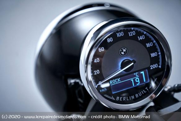 BMW dévoile la R 18 Compteur-moto-cruiser-bmw-r-18
