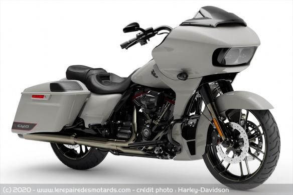 Harley-Davidson CVO Road Glide Harley-davidson-cvo-road-glide-studio