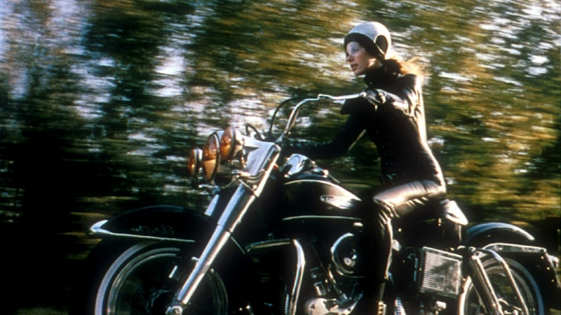 Une moto, une image. Quel film ? - Page 5 Motocyclette-harley-davidson_hd