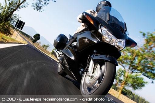 Top 10 des motos disparues avec Euro4 Top-10-motos-disparues-euro4-honda-pan-european