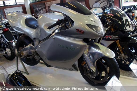 Top 10 des motos V8 - Avec le son... Top-10-motos-v8-norton-nemesis