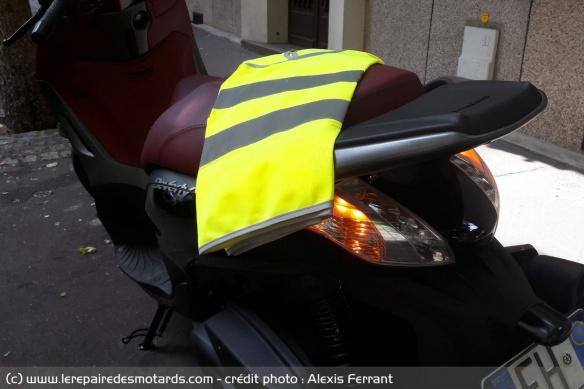 Les équipements obligatoires dans le véhicule Equipements-obligatoires-vehicule-gilet-jaune