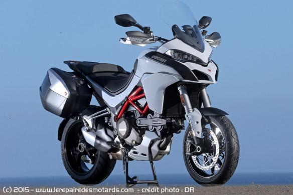 celle qui vous fait tourner la tête - Page 2 Ducati-multistrada-1200-dvt-touring-pack