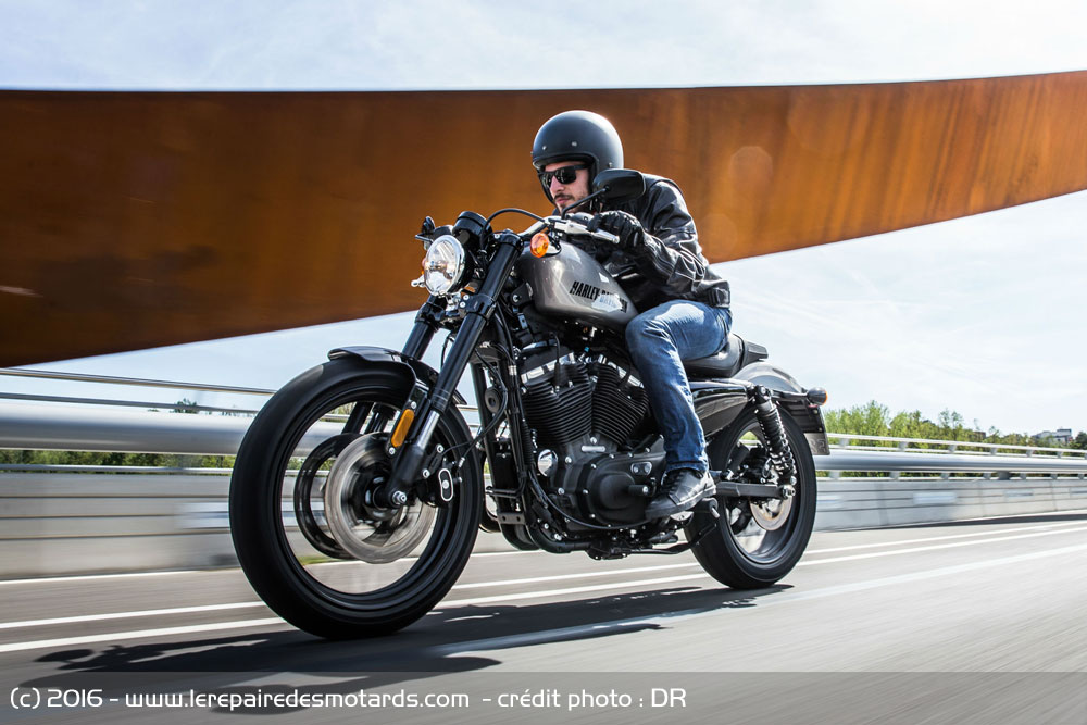 Essai : Harley-Davidson Roadster 2016 Harley-davidson-roadster-1200-autoroute_hd