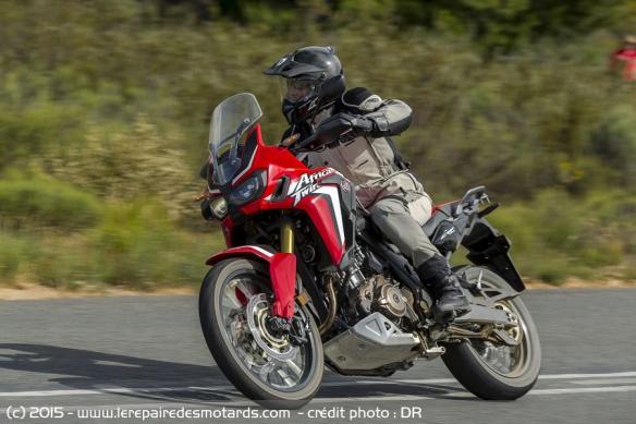 Africa Twin CFR1000L, essais presse Honda-africa-twin-crf1000l-nationale