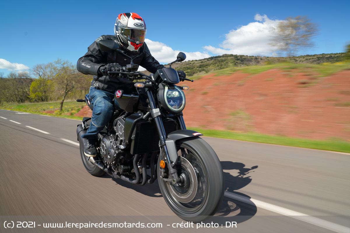 Honda CB1000R Black Edition [2021] Honda-cb1000r-black-edition-autoroute_hd