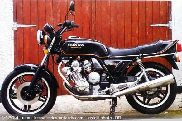 La Honda 1000 CBX a 40 ans Honda-cbx-1000-1981