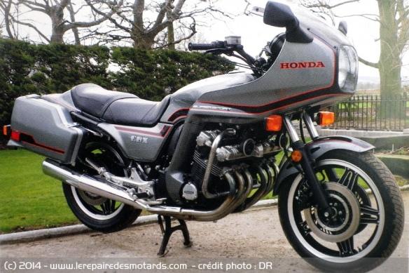 La Honda 1000 CBX a 40 ans Honda-cbx-1000-1982