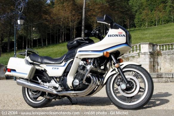 La Honda 1000 CBX a 40 ans Honda-cbx-1000-b