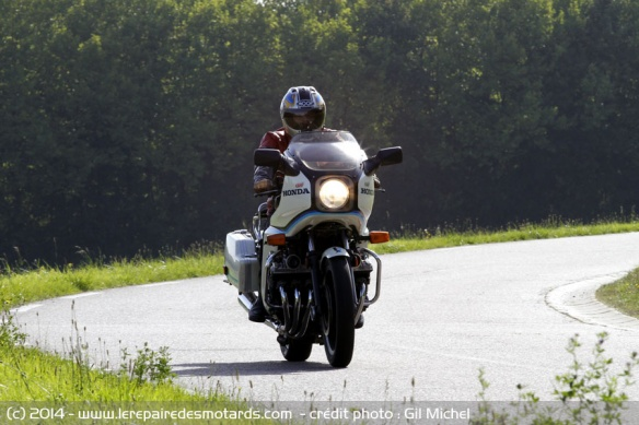 La Honda 1000 CBX a 40 ans Honda-cbx-1000-gt