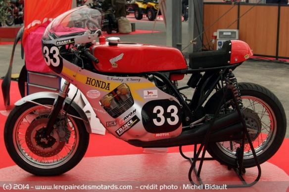 La Honda 1000 CBX a 40 ans Honda-cbx-1000-replica