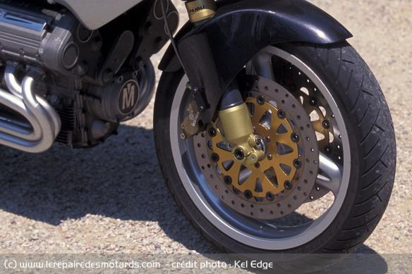 Essai moto Morbidelli 850 V8 Freins-morbidelli-v8-850