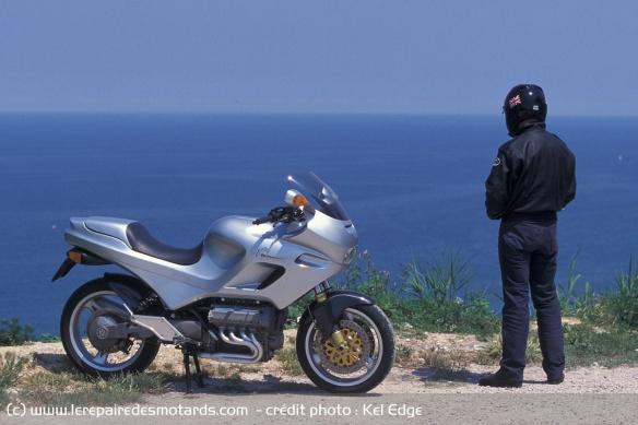 Essai moto Morbidelli 850 V8 Morbidelli-v8-850-statique-profil