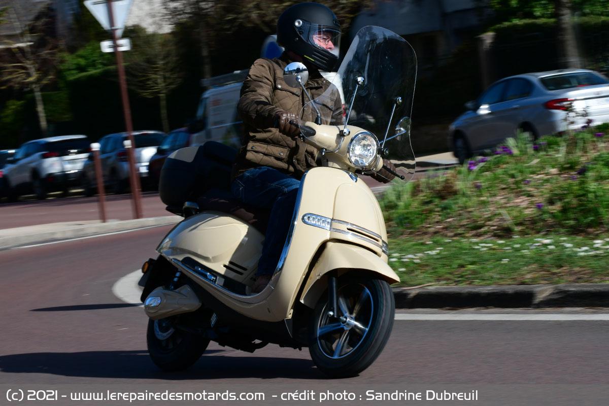 Scooter Rider 5000 Rider-5000-maniabilite_hd