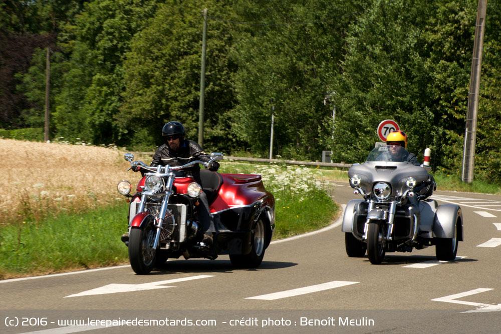 Comparo Boss Hoss Trike V8 & Harley-Davidson Tri Glide Ultra Trike-boss-hoss-v8-harley-davidson-tri-glide-ultra-route_hd