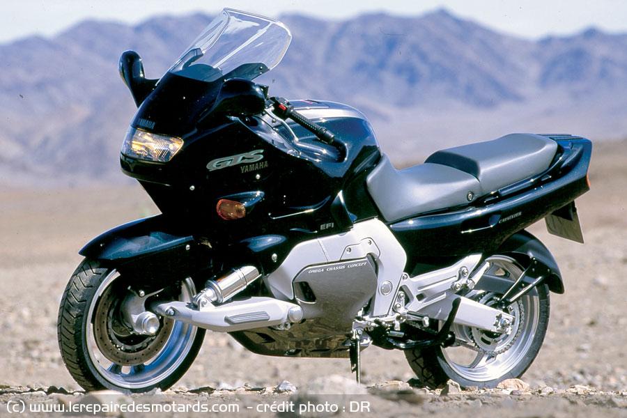 section Motos ..... - Page 8 Yamaha-gts-1000-desert_hd