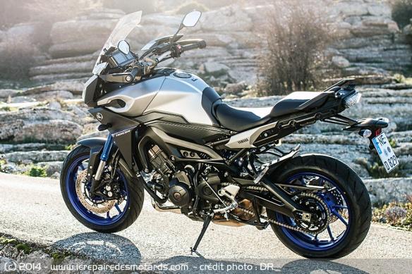 La TDM a trouvé sa remplacante MT-09 Tracer Yamaha-mt-09-tracer-profil-arriere
