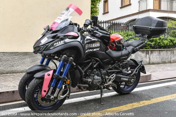 Découvrir la Yamaha 900 Niken GT - 2019 Moto-3-roues-yamaha-niken-gt-profil