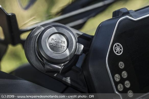 Découvrir la Yamaha 900 Niken GT - 2019 Prise-moto-3-roues-yamaha-niken-gt