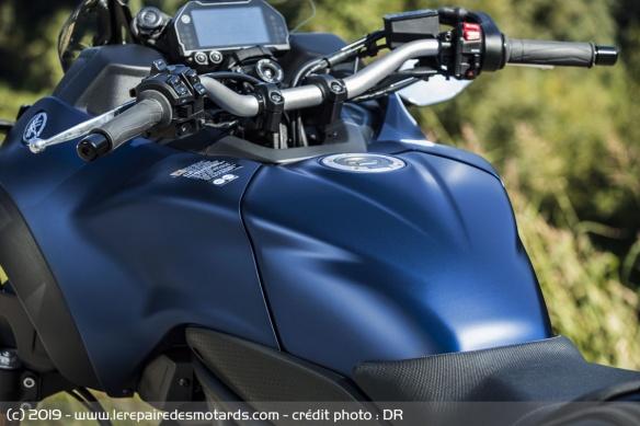 Découvrir la Yamaha 900 Niken GT - 2019 Reservoir-moto-3-roues-yamaha-niken-gt