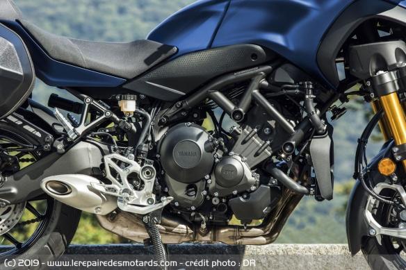 Découvrir la Yamaha 900 Niken GT - 2019 Trois-cylindres-moto-3-roues-yamaha-niken-gt