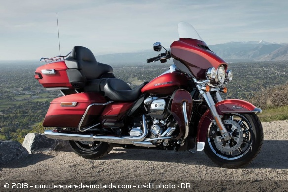 Guide : la meilleure moto GT pour voyager Meilleure-moto-voyager-harley-limited