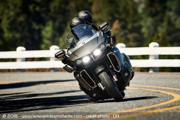 Guide : la meilleure moto GT pour voyager Meilleure-moto-voyager-star-venture