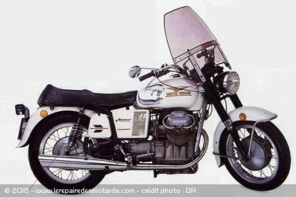 Définition : routière Routiere-moto-guzzi-v7-special