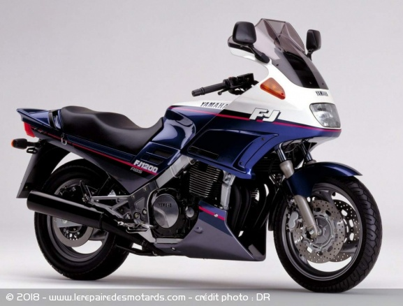 Définition : Sport-GT Sport-gt-yam-fj-1200