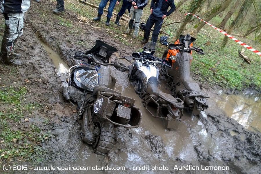 Aujourdhui c'étais Mud-Friday March-moto-madness-france-2016-1