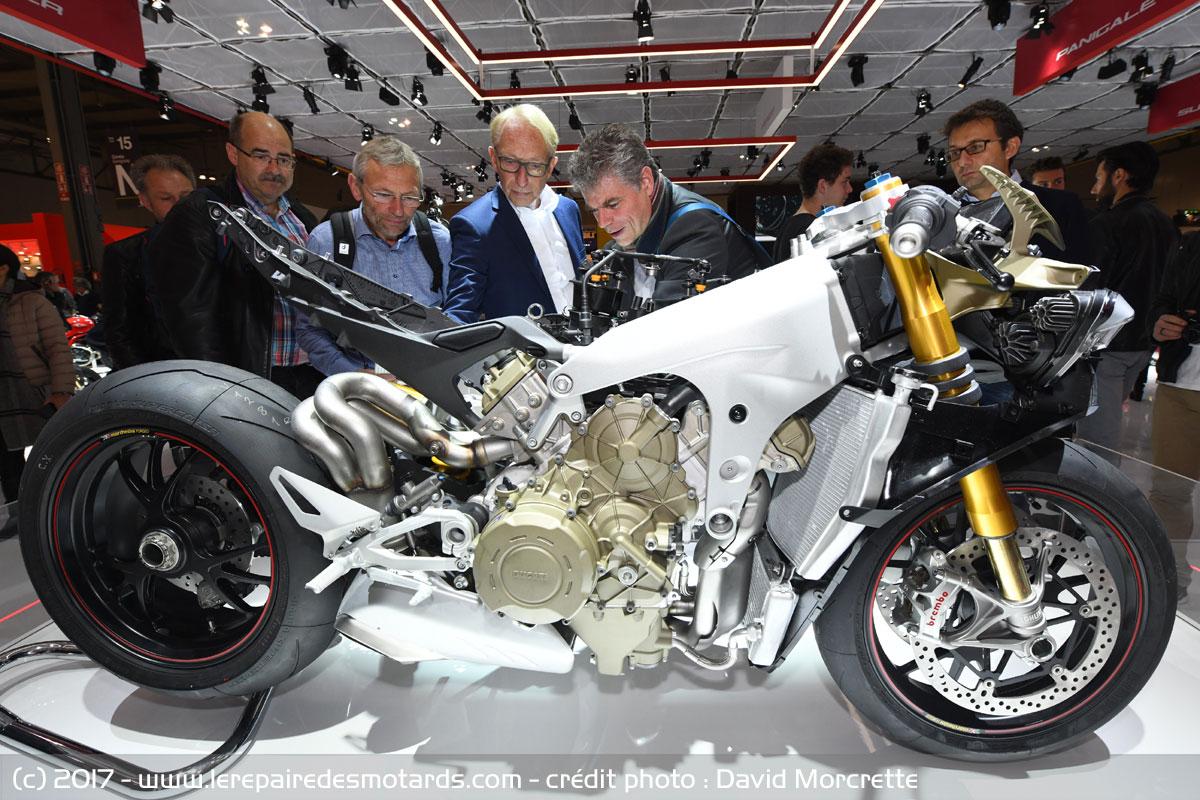 Ducati V4 Panigale - Page 3 Salon-milan-eicma-2017-3