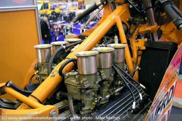 Le six cylindres et la moto Moteur-six-cylindres-v6-laverda
