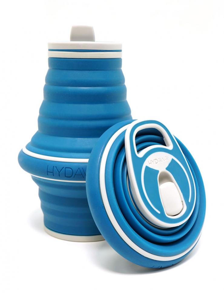 Une gourde compactable pour transporter jusqu'à 1 litre d'eau Gourde-hydaway-retractable