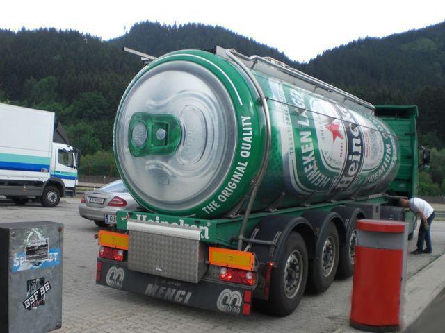 Présentation Chuck_NoAgE Camion-fut-biere-heineken-2
