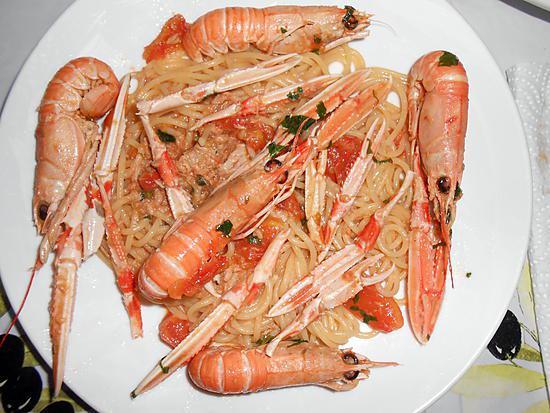 Spaghettade langoustines et thon Spaghettade-ai-scampi-tonno-langoustines-et-thon