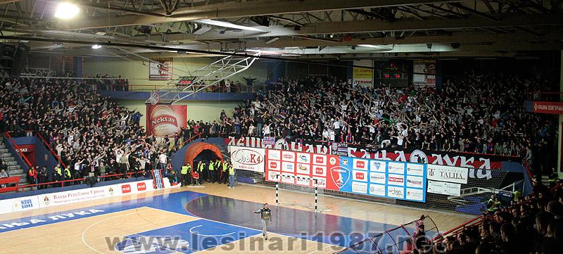 Fenomenul Ultras in alte sporturi - Pagina 4 112_rkborac-rkzvezda_3
