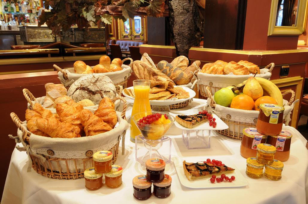 Vendredi 30 Novembre Pettit-dejeuner-lyon-centre-ville