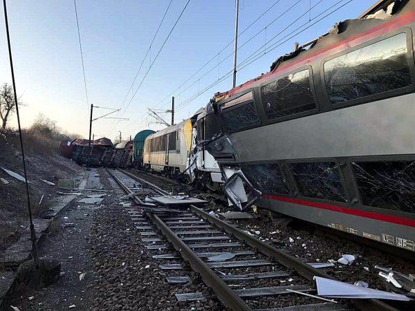 Collision frontale de deux trains entre Zoufftgen et Bettembourg 83971-j4Sng6bgoEjzJckp6dG1Sw
