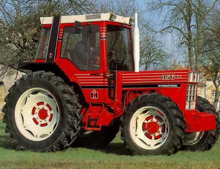 Quels tracteur rêviez-vous d'avoir quand vous étiez gosse ? 856_xl_4rm_1983_fiche